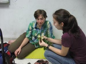 Alyssa showing Ceiba to Michelle
